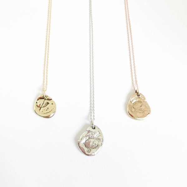 "Image of ""&""  Medallion necklace in 9ct solid gold"
