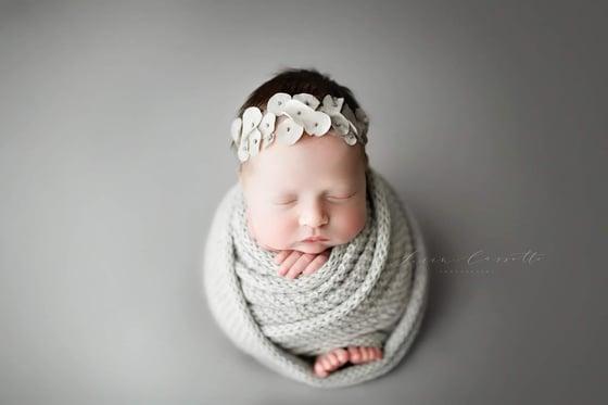 Image of Amelia halo