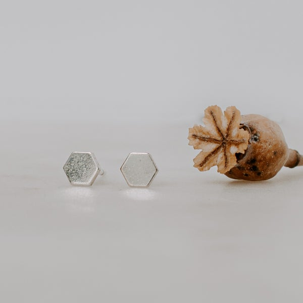 Image of Honeycomb Earrings