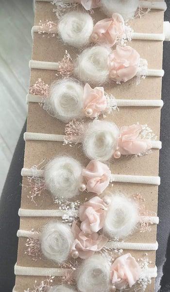 Image of Headband écru et mohair et rose pâle