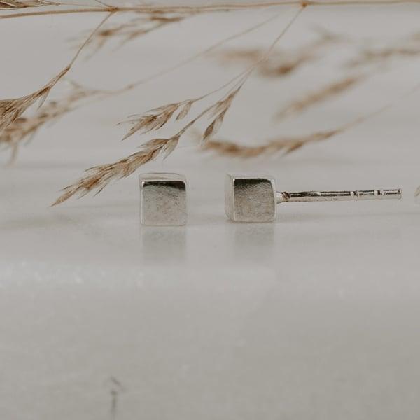 Image of Cube Earrings