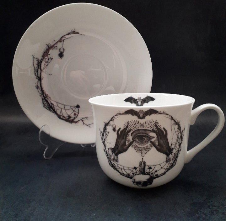 Image of Large Mystic eye teacup  and saucer.