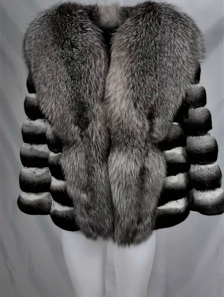 Image of CHINCHILLA X SILVER FOX COAT