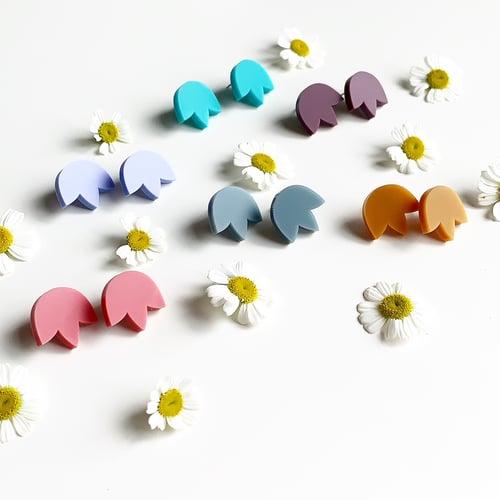 Image of Mini Tulip Studs