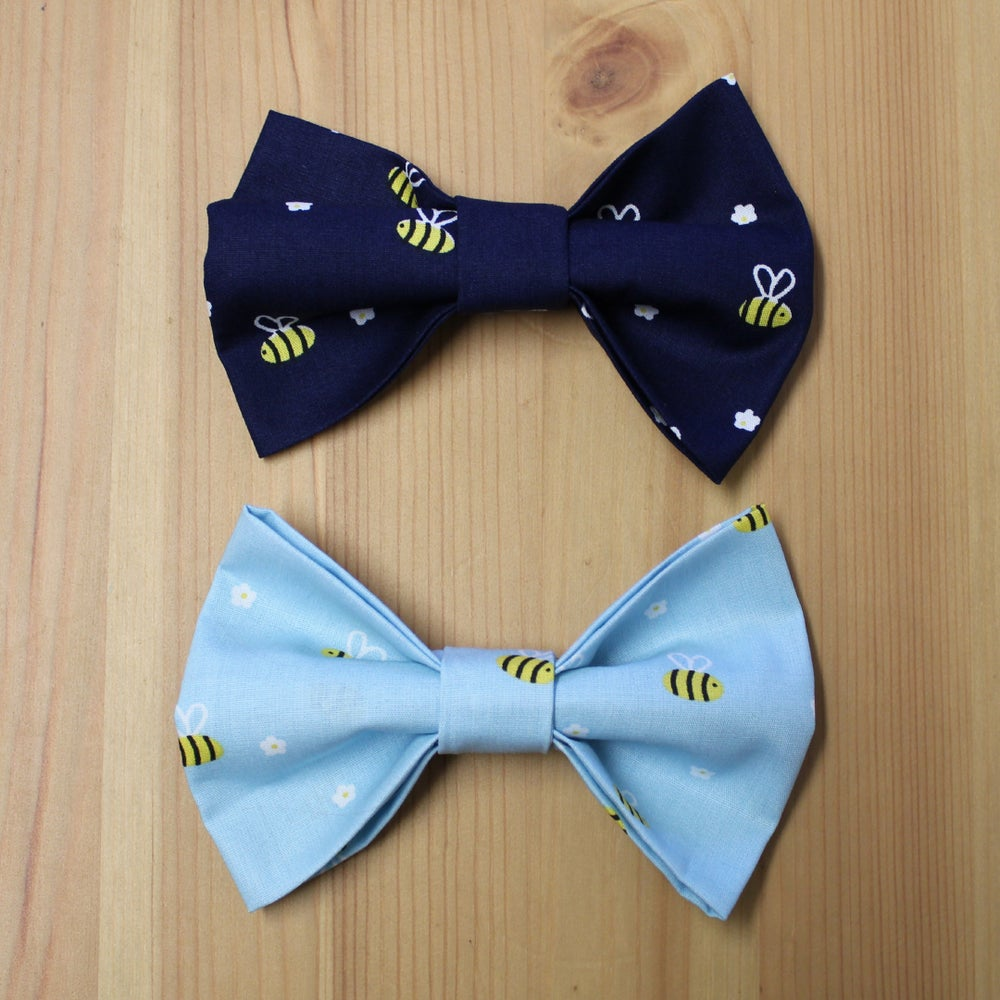 Image of The Bees Knees bow tie