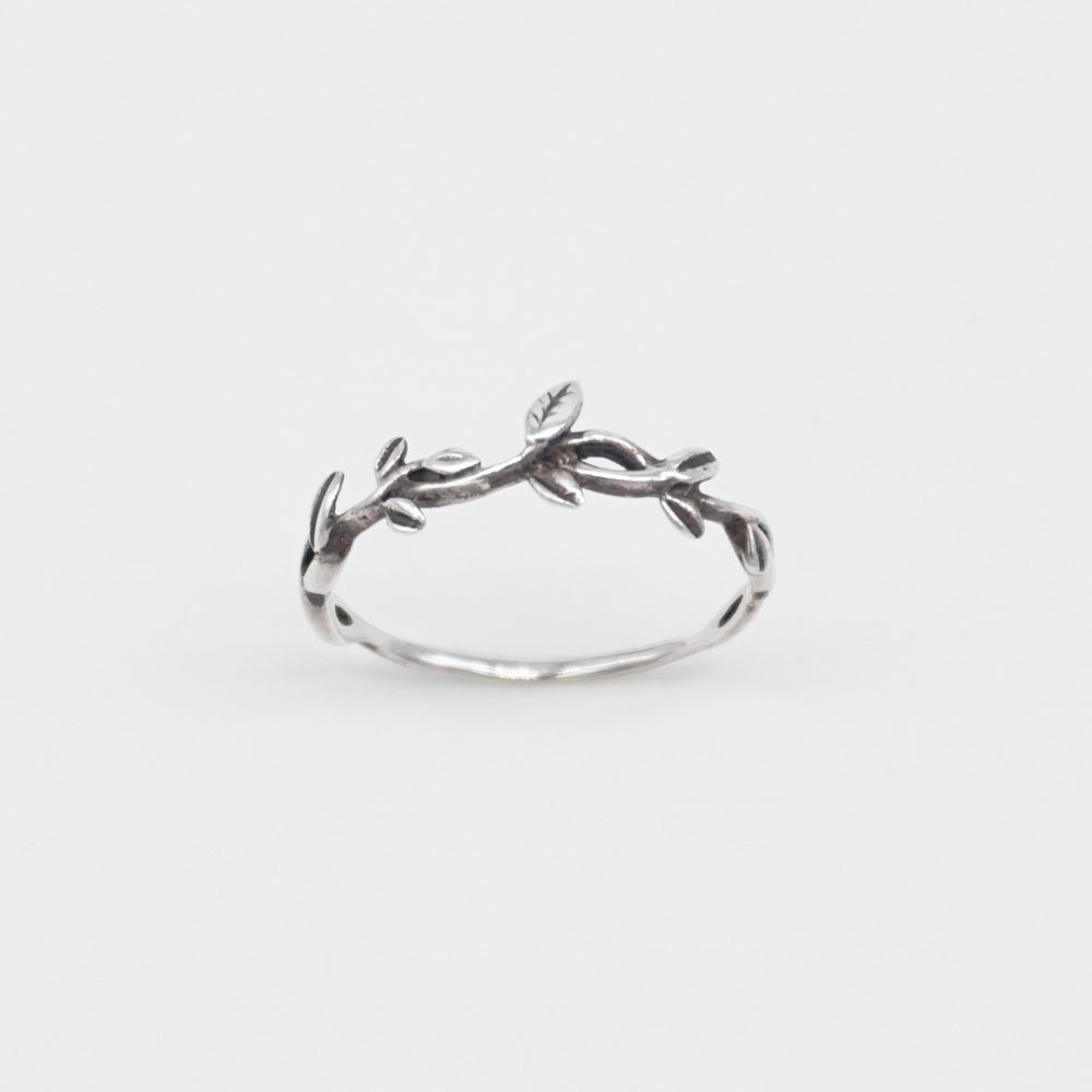 Image of IVY | Leaf Ring