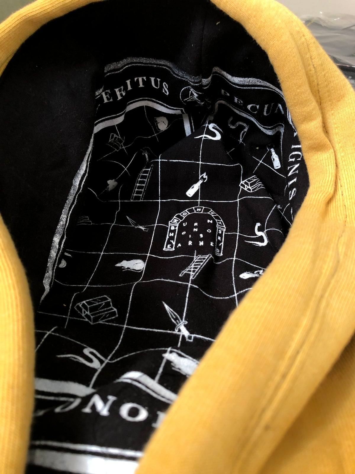 Image of 1/1 XXL Pull Over Hoody