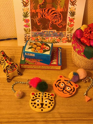 Image of Tiger ceramic amulet