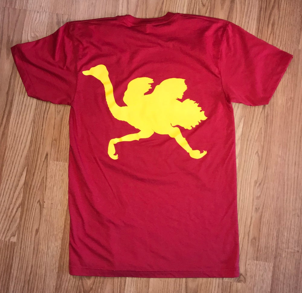 "Image of Old English ""Hulk Hogan' tee"