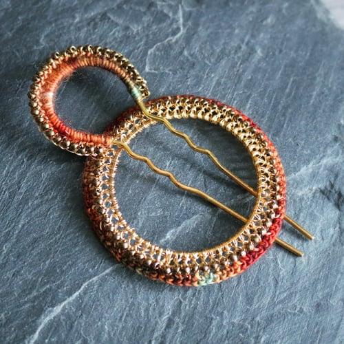 Image of PEACOCK SHAWL PIN - Lal Qila
