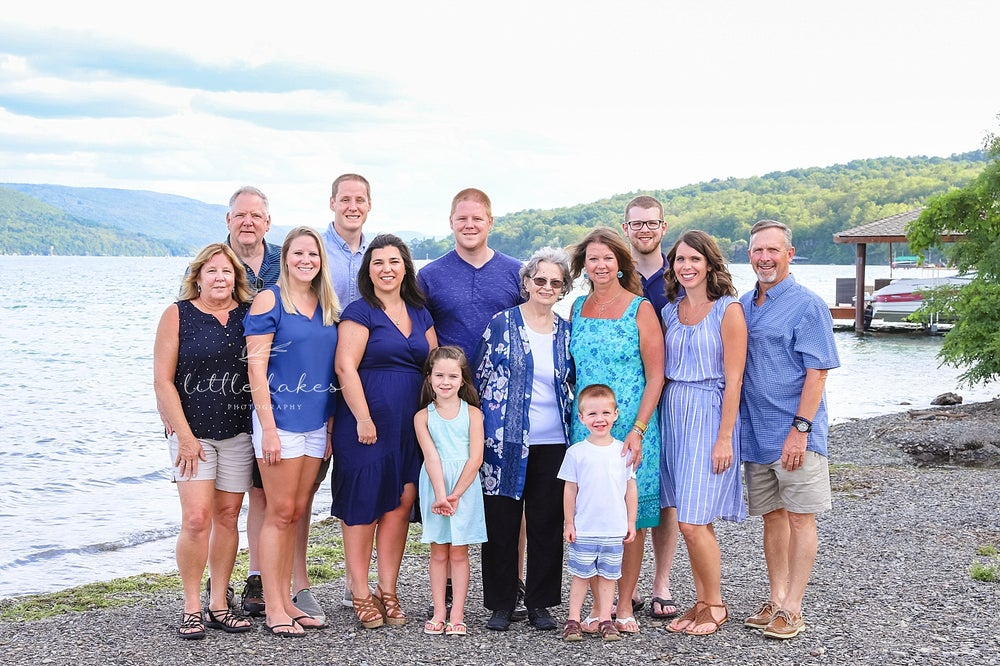 Image of Extended Family Sessions