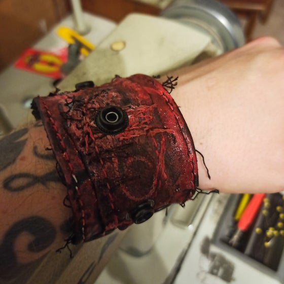 Image of Bloody gore cuff