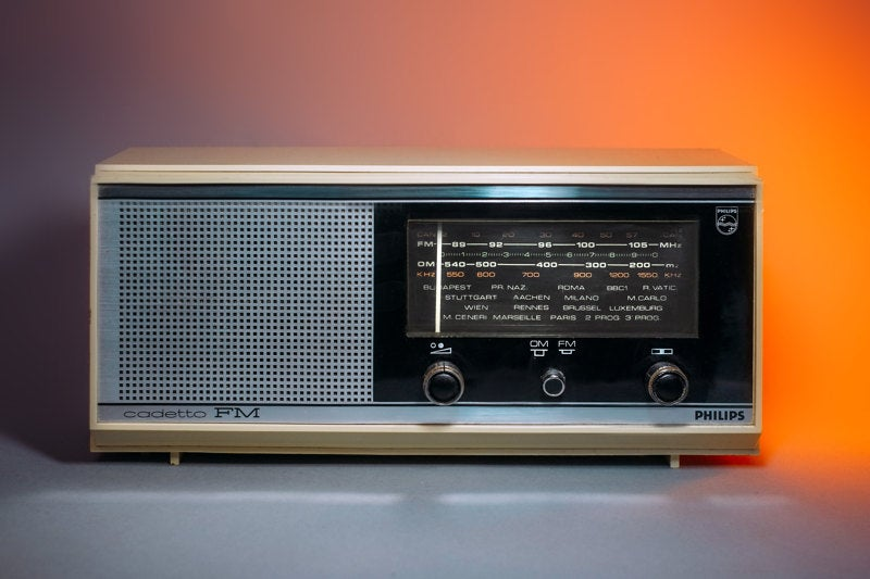 Image of PHILIPS CADETTO FM (1967) RADIO VINTAGE BLUETOOTH