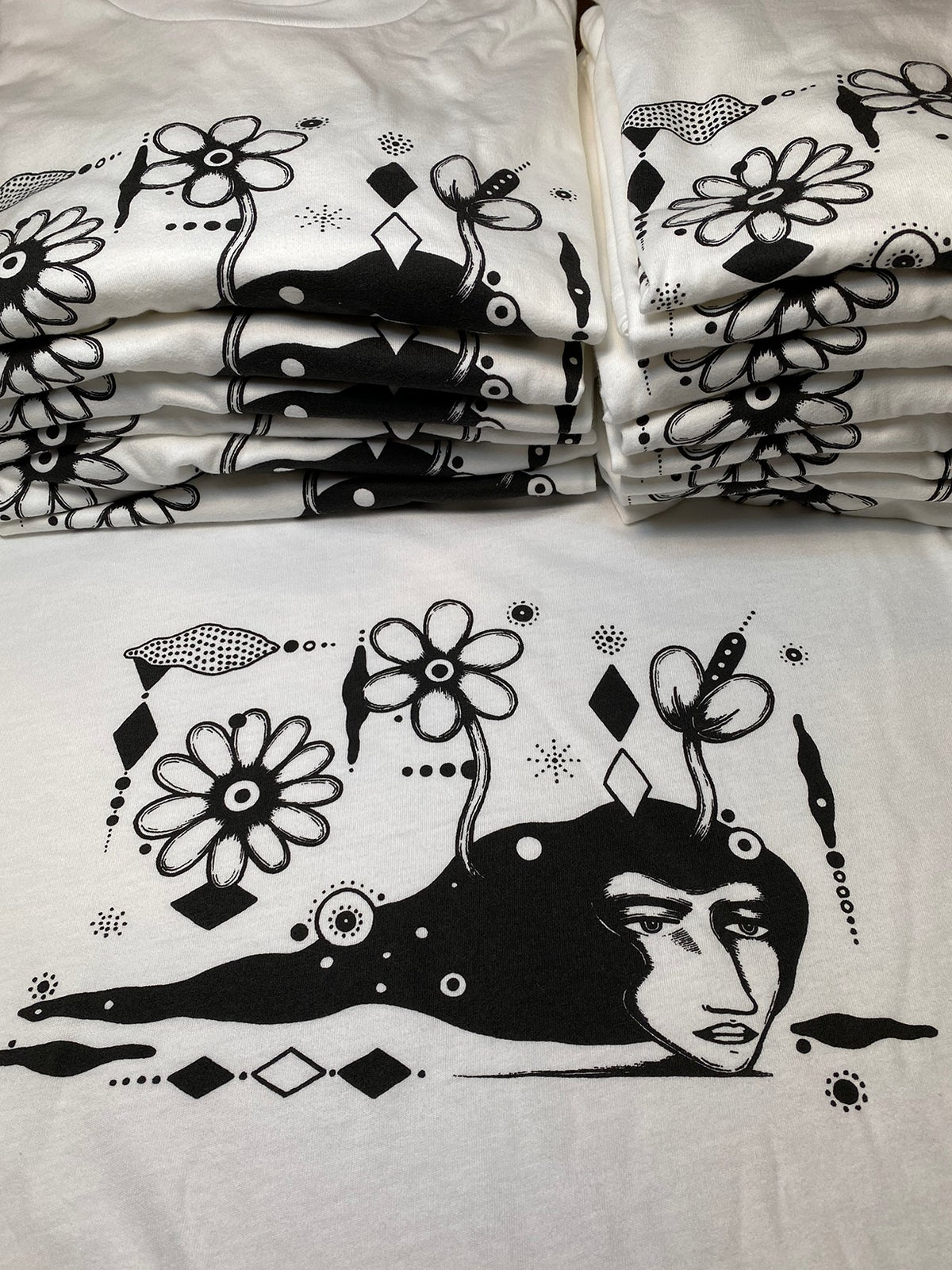 Image of HEAD DREAM - tshirt
