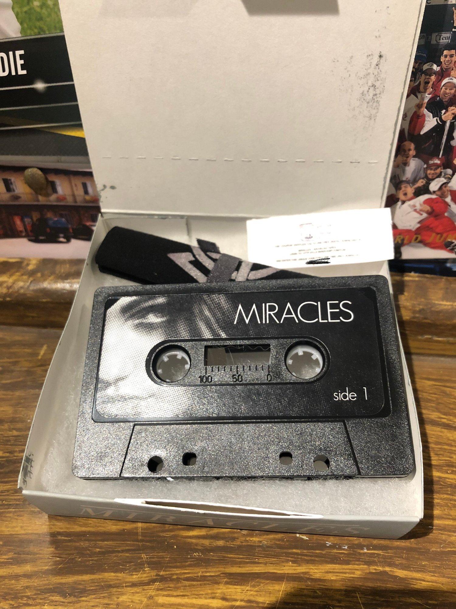 "Image de Miracles "" Hochelag Tapes "" Cassette / Tape + Patch"