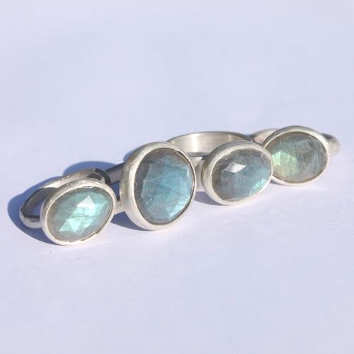 Image of Labradorite ring 4