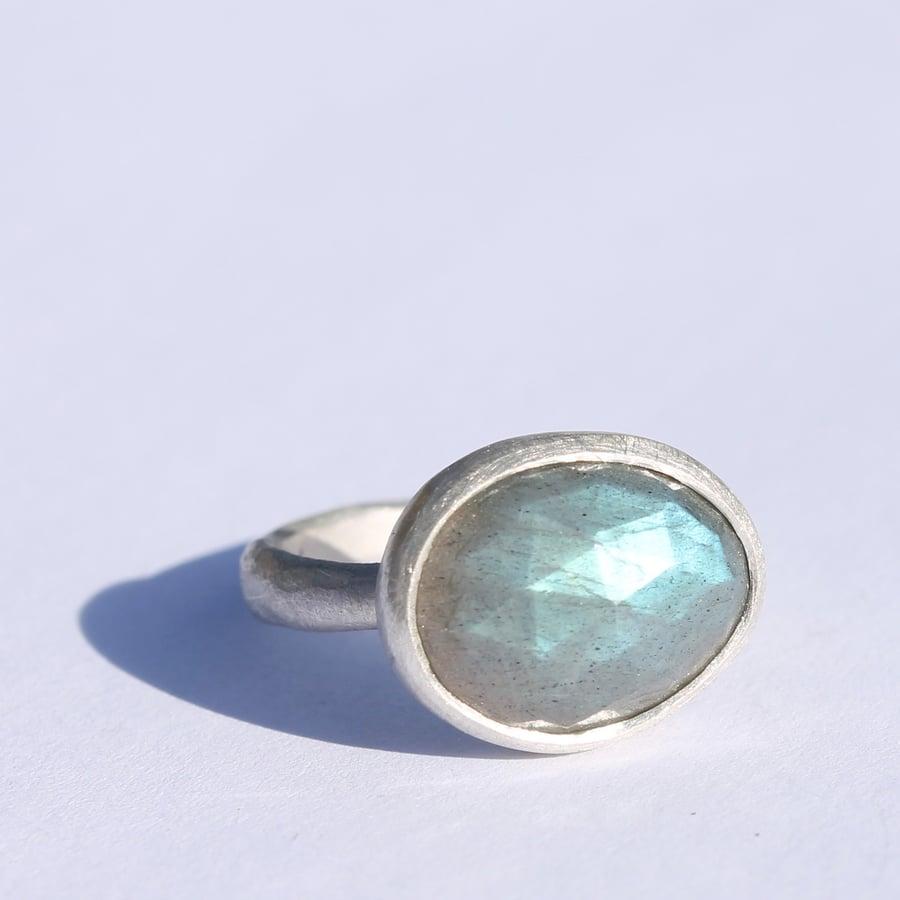 Image of Labradorite ring 4