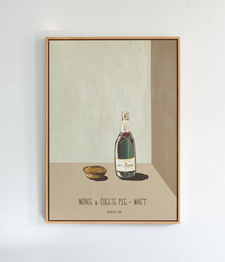 Image of Mince & Cheese Pie and Moët