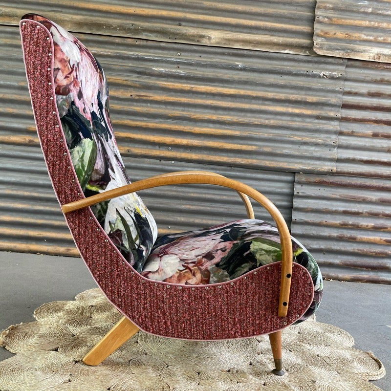 Image of Ginger Sleepy hollow chair