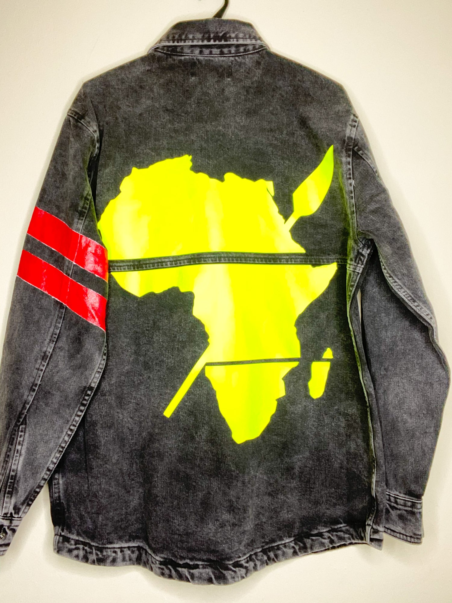 "Image of LIMITED EDITION ""CONTEMPORARY AFRICAN SHIRT JACKET""(BLACK)"
