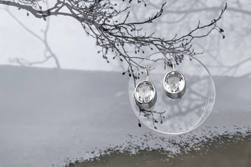 """Image of """"Walk on stars"""" silver earrings with rock crystals  · SUMMA SIDERA PLANTIS CONTINGERE ·"""