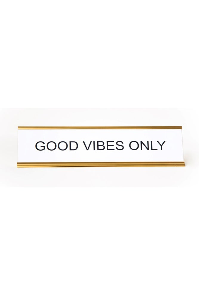 Image of GOOD VIBES ONLY nameplate