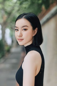Image of Chloe Gong -- SIGNED