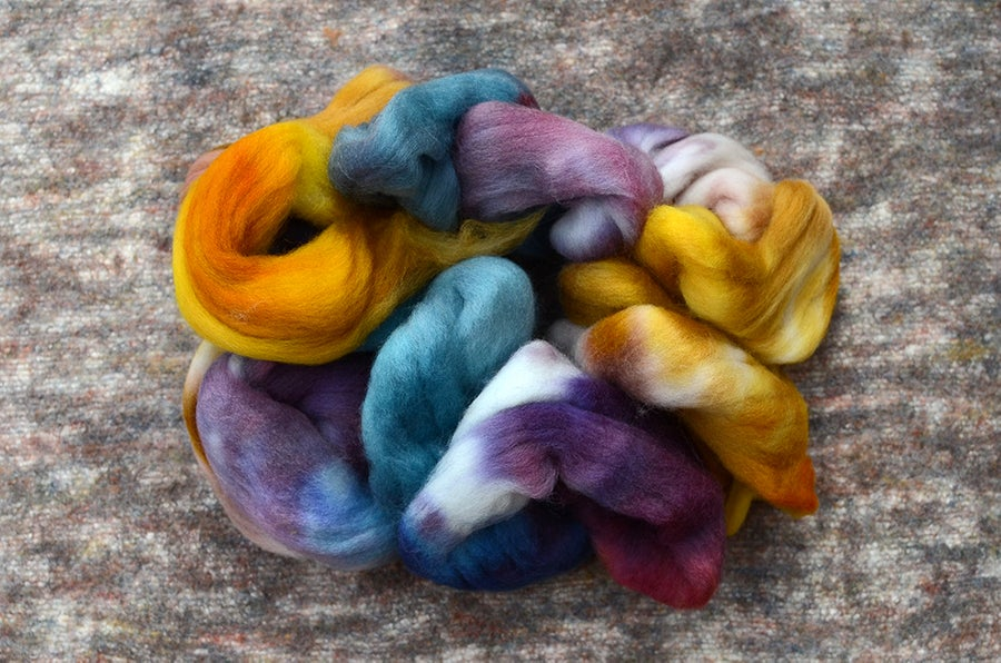 "Image of ""Golden Hour"" Corriedale Wool Spinning Fiber - 4 oz."