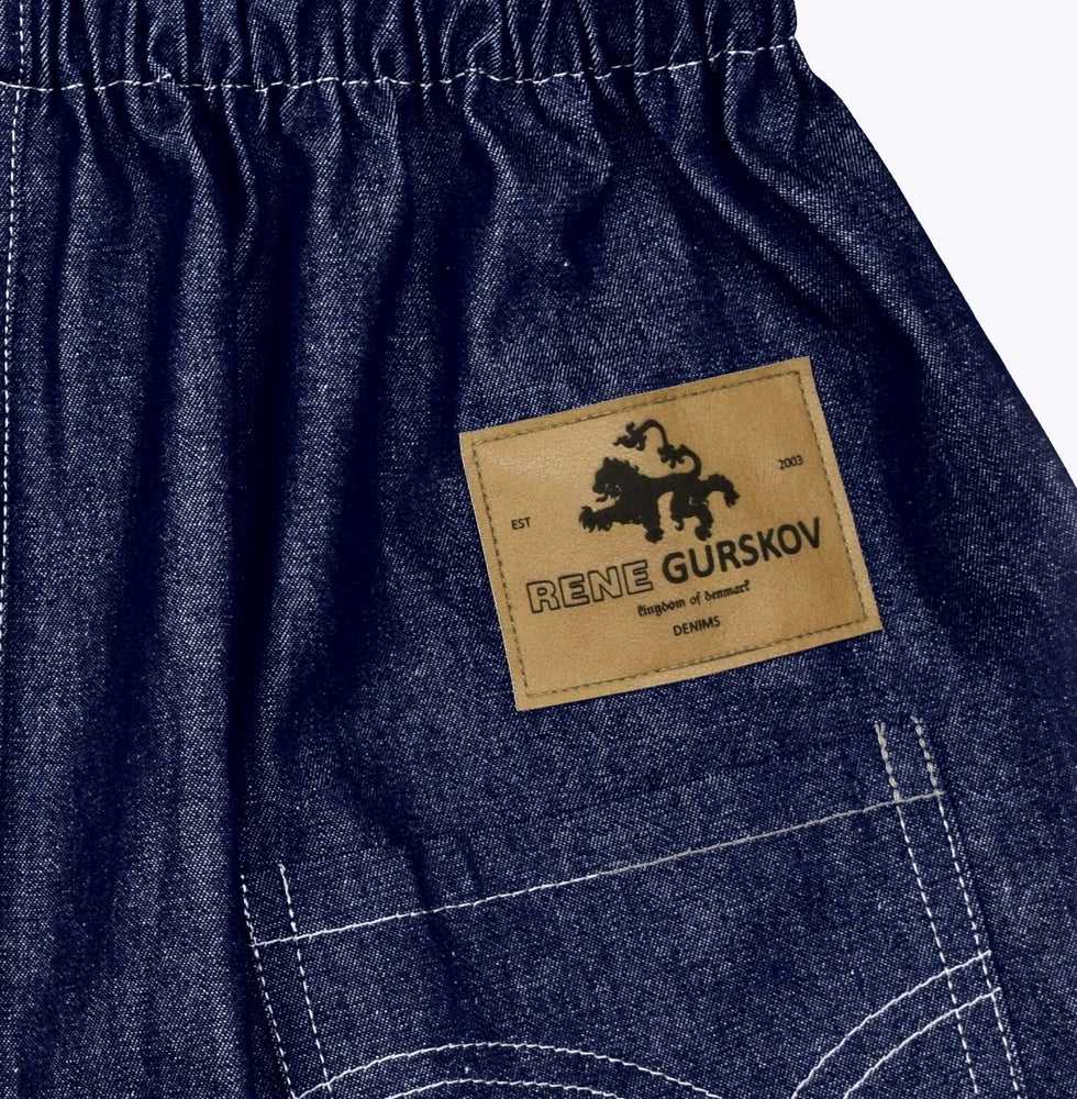 "Image of SS21 - ""KING OF DENMARK"" JEANS"