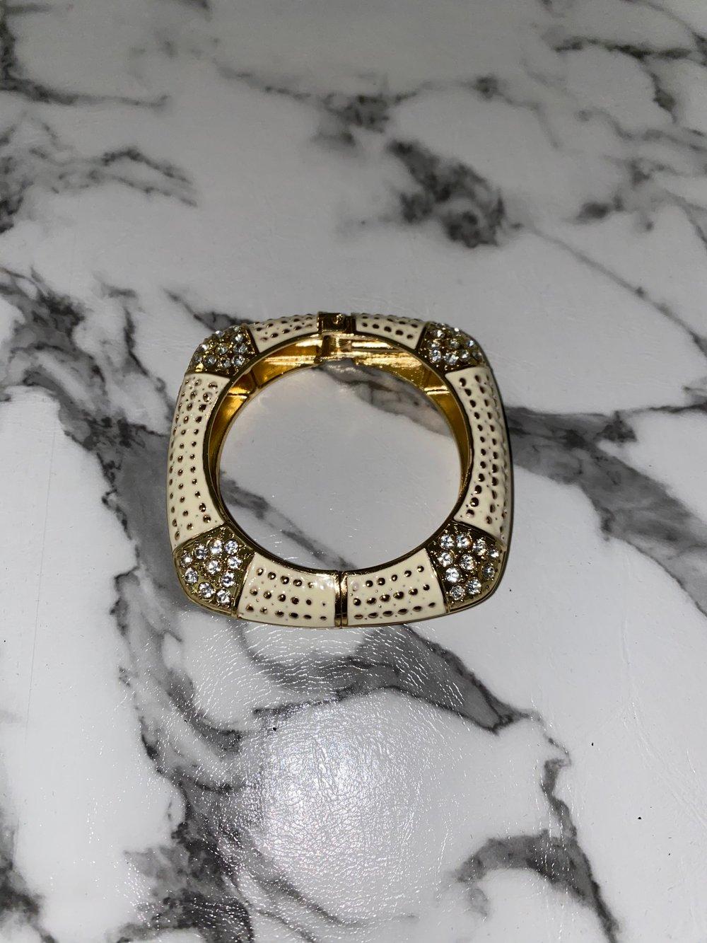 """Image of """"Eggshell"""" bracelet"""