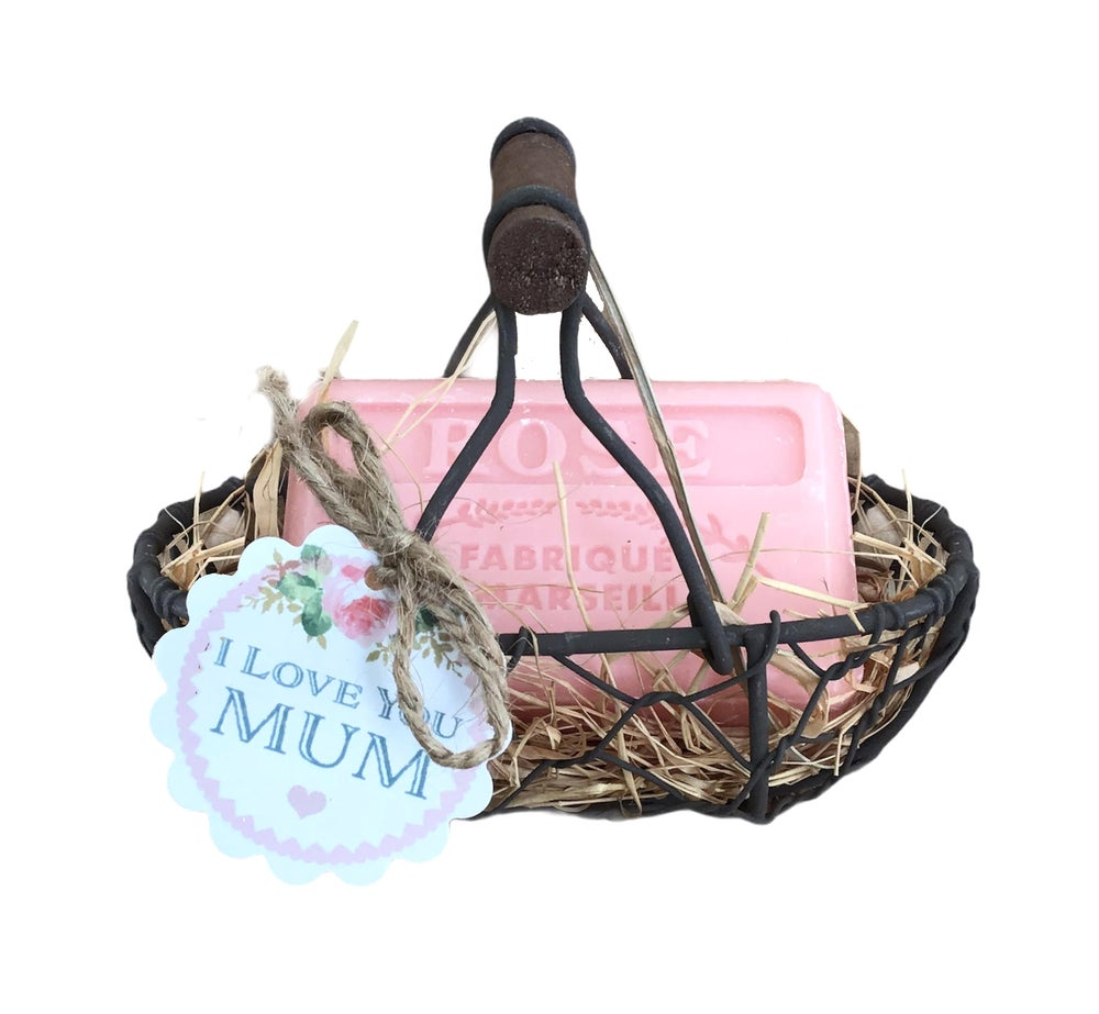 Image of French Market Soap in a Wire Basket with I Love You Mum Tag