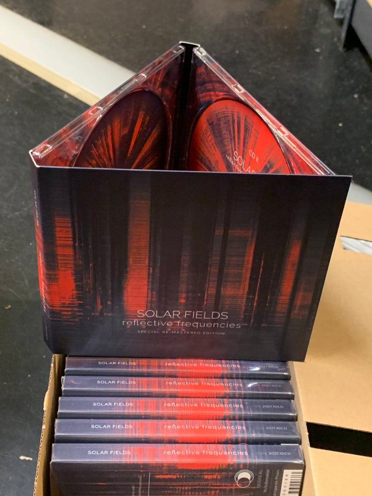 Image of Solar Fields 'Reflective Frequencies' Double digipak CD