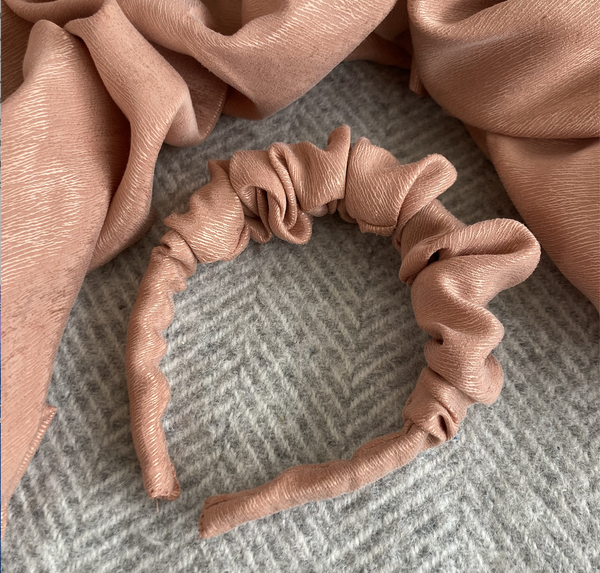 Image of Pre-order - Just Peachy - Scrunchy Headband