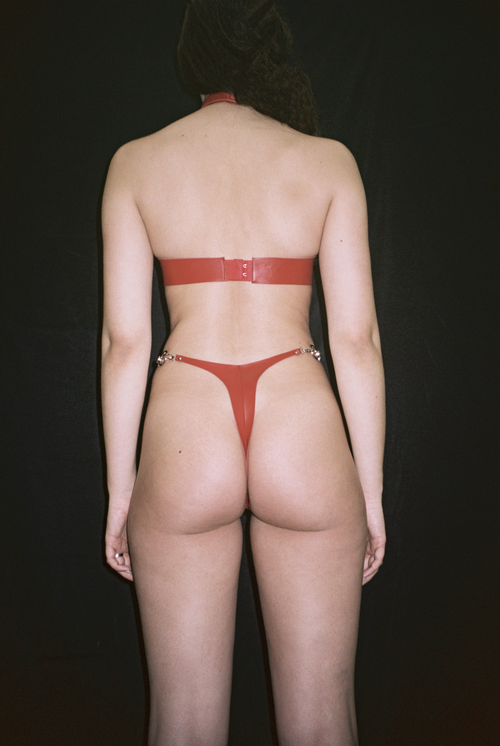 Image of CHAIN THONG RED