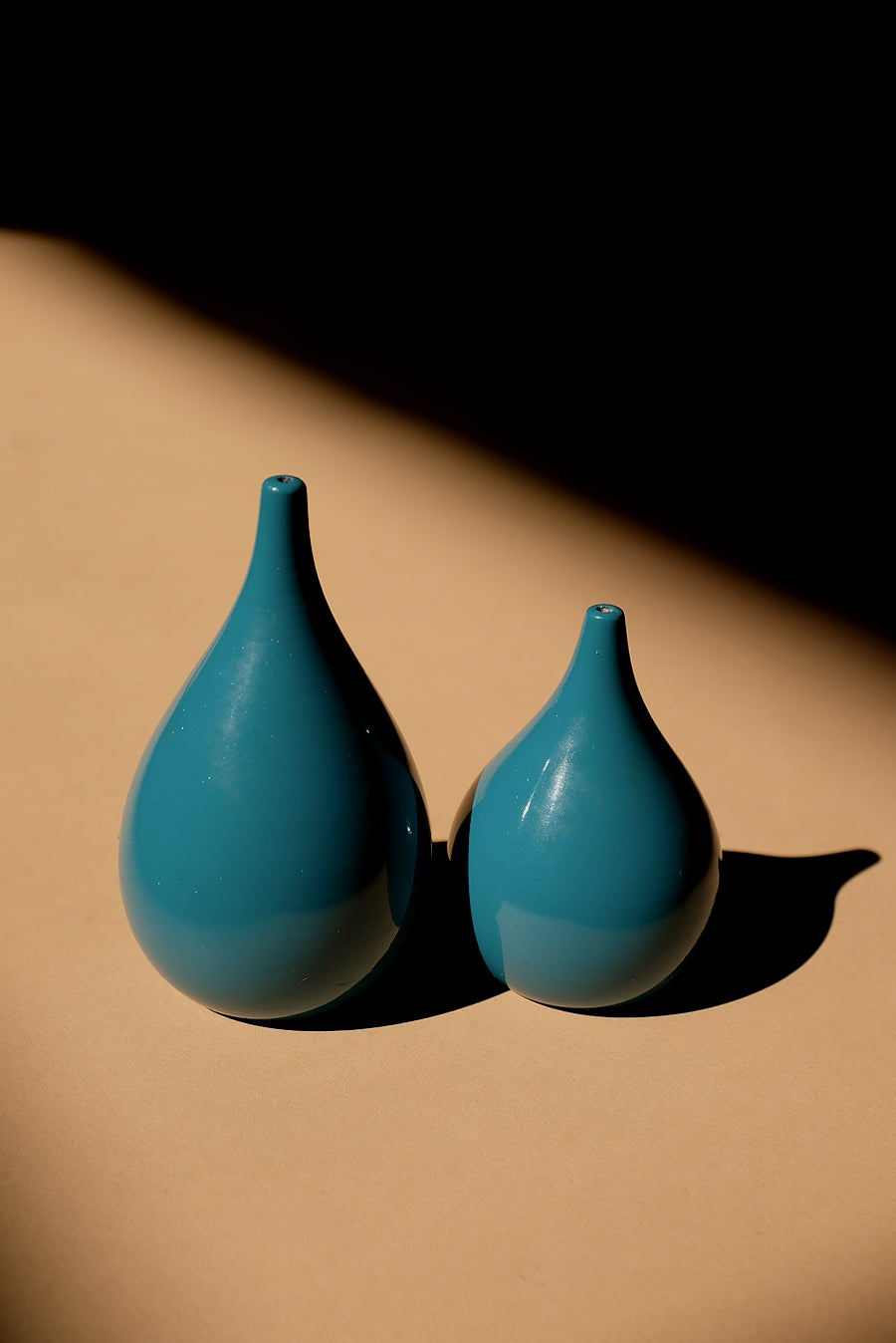 Image of Vintage Teardrop Salt and Pepper Set