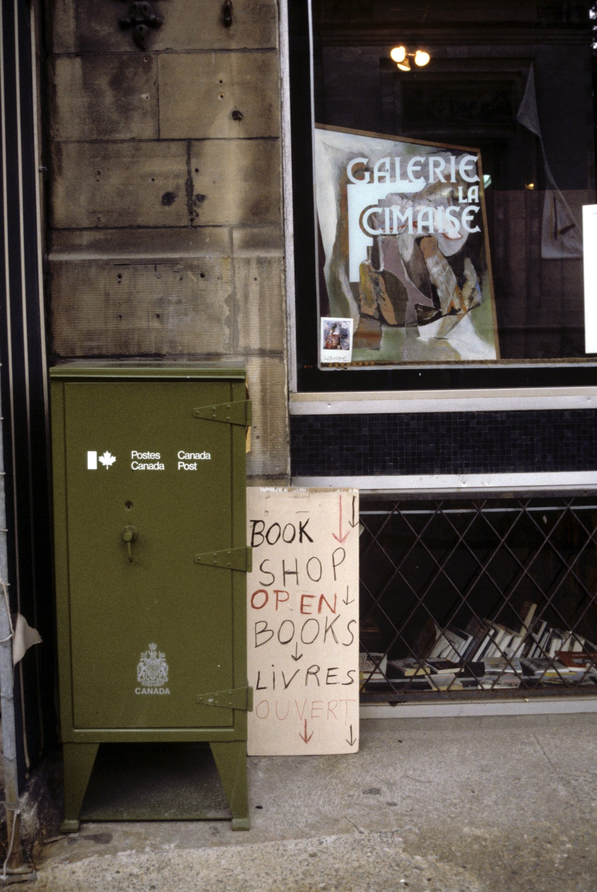 Street photography of bookshop in Quebec