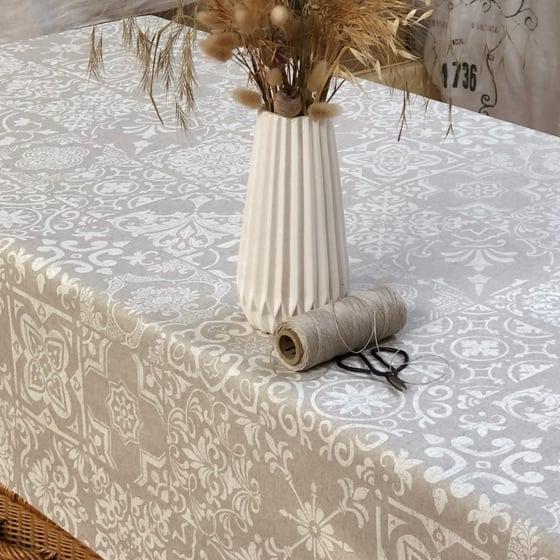 Image of Nappe «Catalane » fond naturel Teflon® anti taches