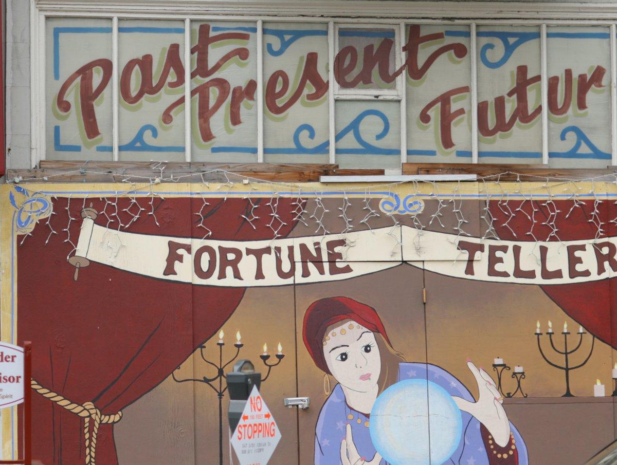 Fortune Teller street photograph