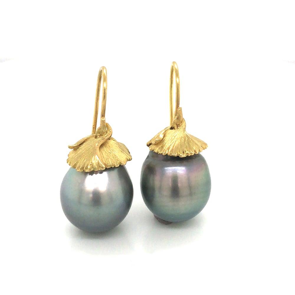Image of Ginkgo Tahitian Pearl Earrings 18k