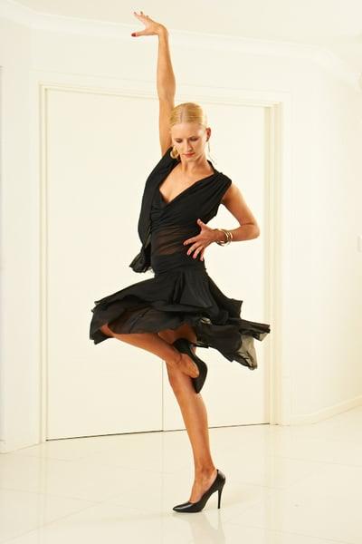 Image of Social Tissue Skirt - Black (J6056)