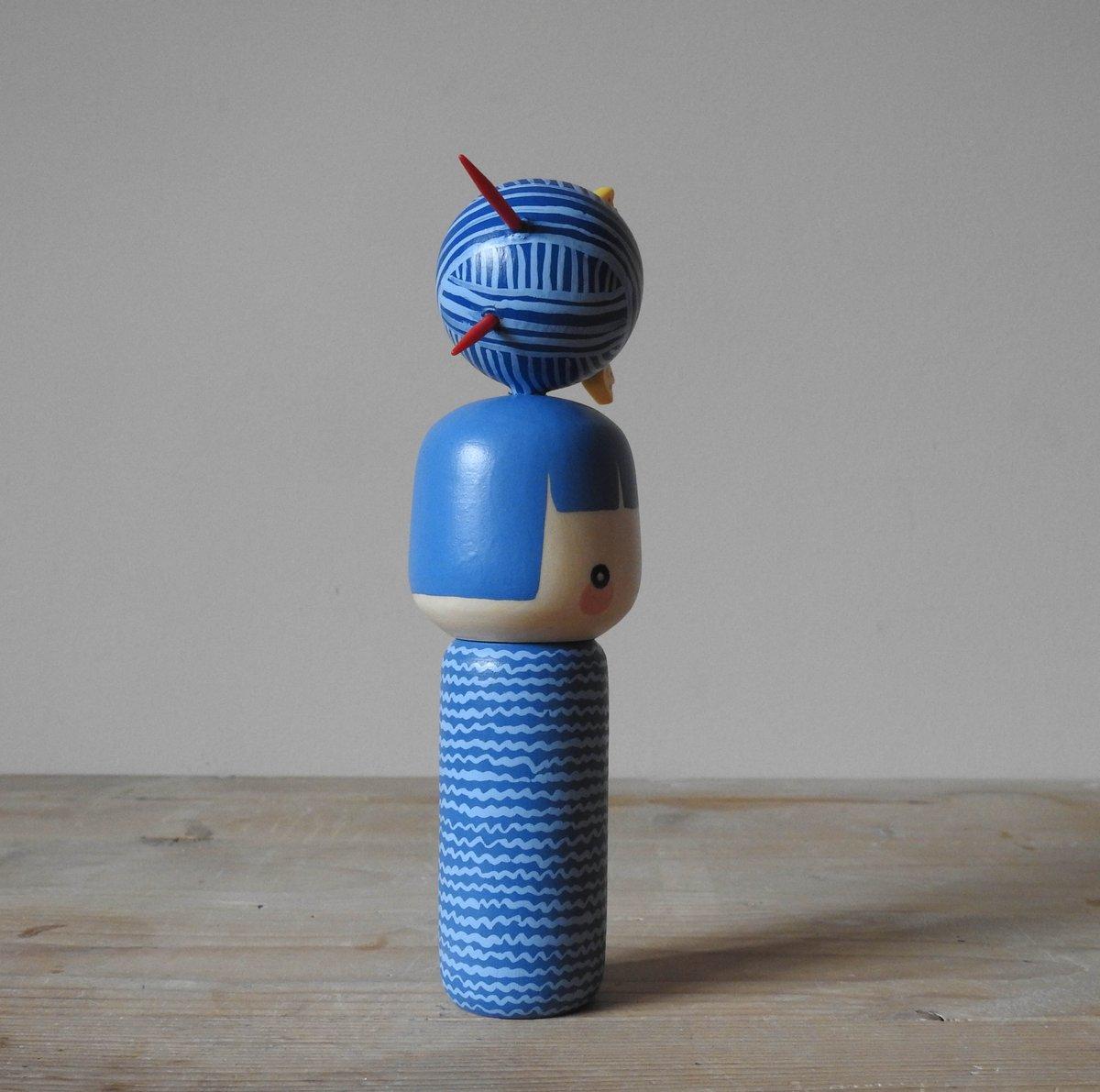 Image of yarn girl