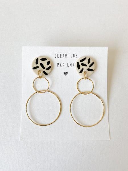 Image of Paire de boucles d'oreilles céramique et plaqué or DOBLA RONDA fines splash noir