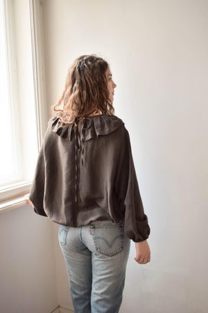 Image of MATILDA Linen Ruffled Collar Blouse