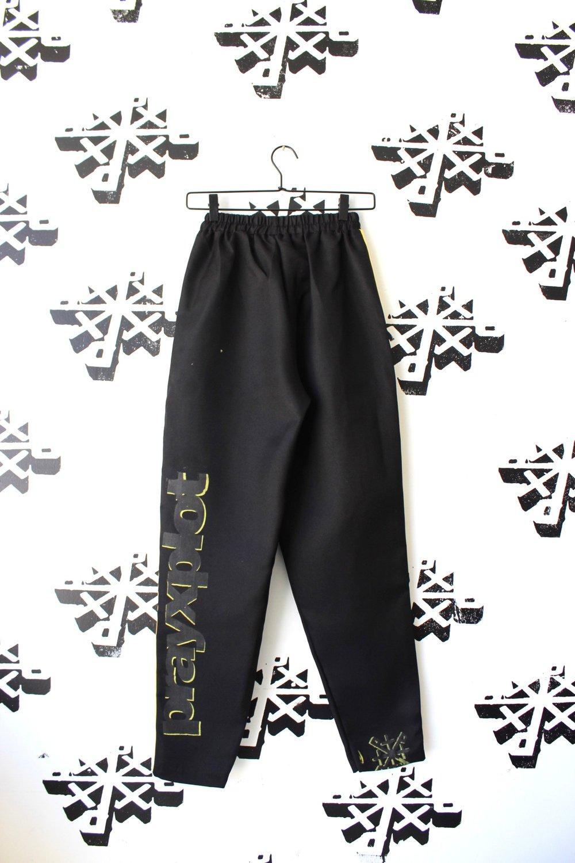 1 leg up pants in black