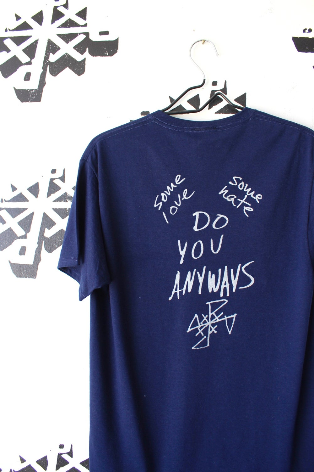 some love some hate tee in navy