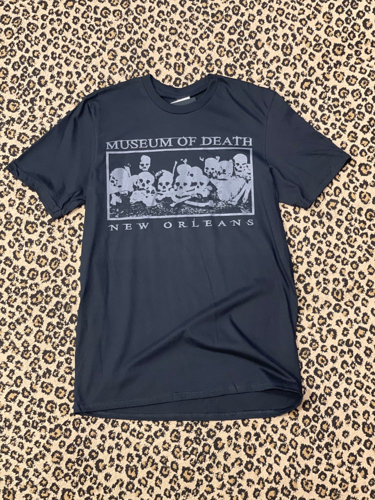 Image of New Orleans Grey Bed of Skulls Tee