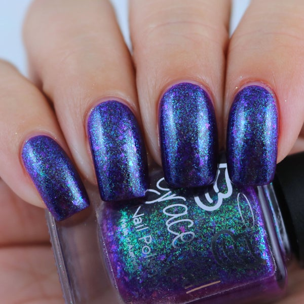 Image of Purple Freeze  Purple based shimmer with a green sheen & colourful UCC flakes.