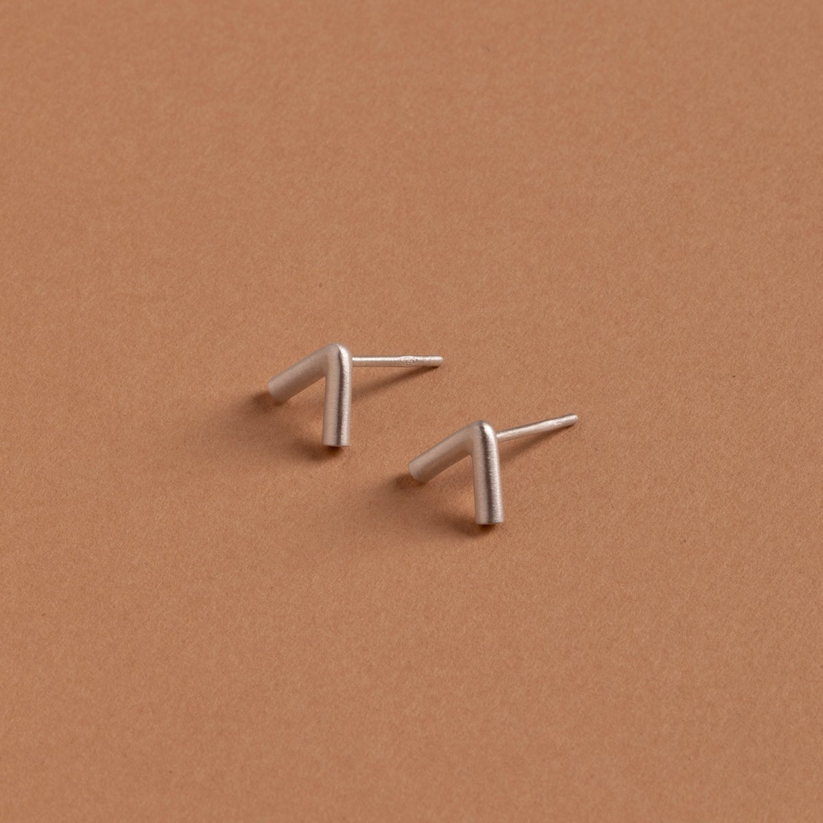 Image of MIX&MATCH/TRIANGLE EARRINGS