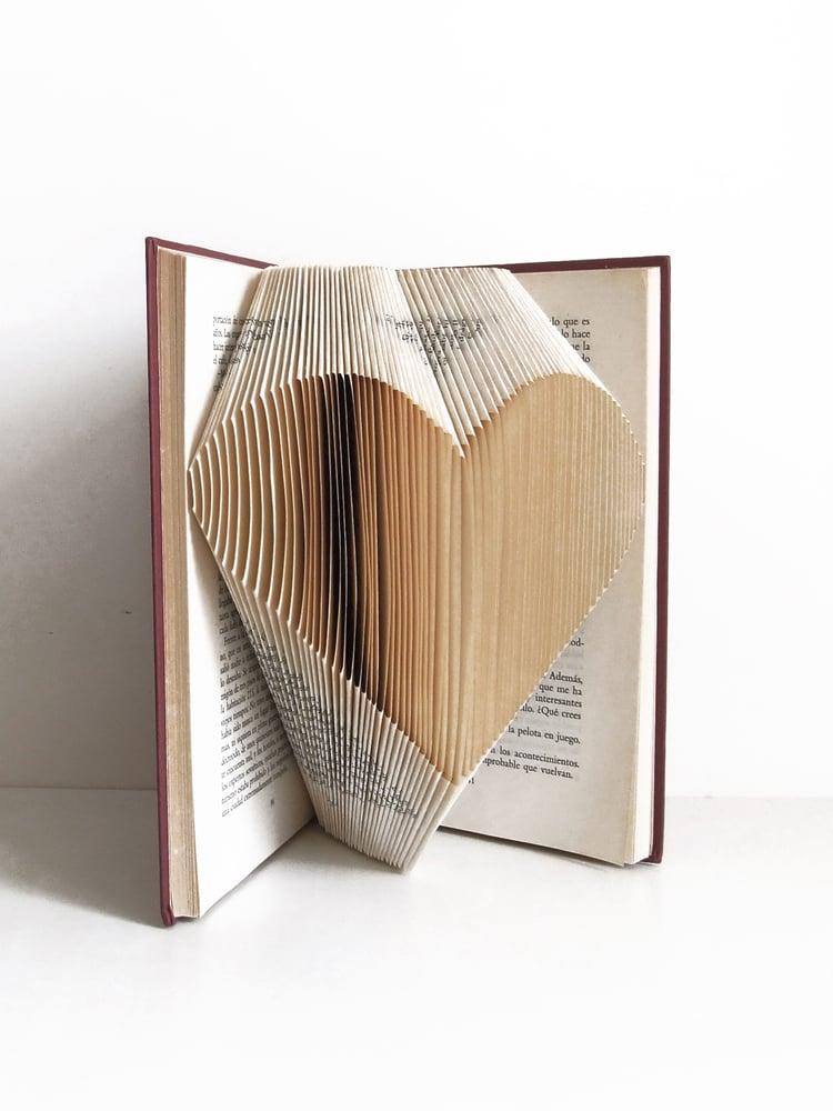 Image of Libro corazón plano