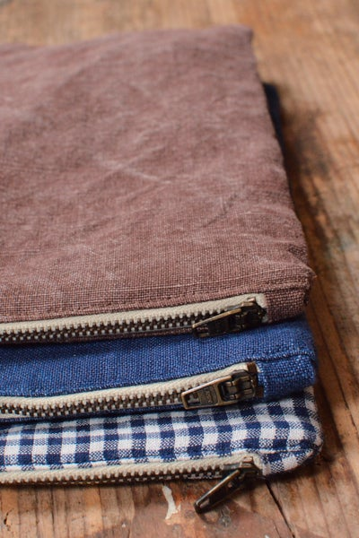 Image of Linen Zipped Pouch